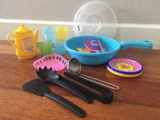 Pretend Kitchen Set