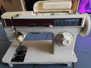Singer Sewing Machine 1288
