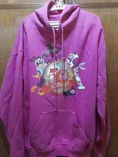 Hot pink looneytunes sweatshirt