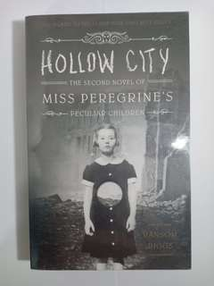 SIGNED Hollow City - Ransom Riggs