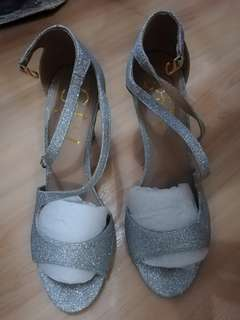 So Fab! Silver Shoes