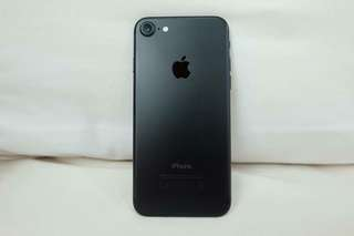 iPhone 7 Factory Unlocked Matte Black