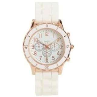 Aeropostale Solid Women's White Silicone Rubber Watch