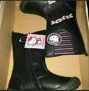 Sanrio Hello Kitty Boots