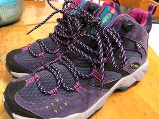 Columbia 日本購爬山鞋