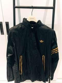 🚚 Adidas originals 豹紋風衣