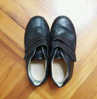 Dr Kong 幼兒返學鞋 (29碼)