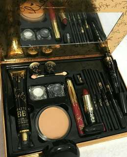 Kylie's big set gold (11pcs)