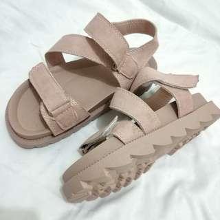 涼鞋 厚底 皮粉 舒適
