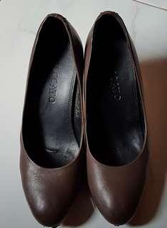 Pre-loved woman high heels - original