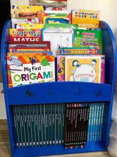 Kid book case/book shelve