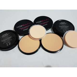 Pressed compact powder