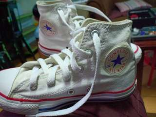Authentic converse star chuck taylor
