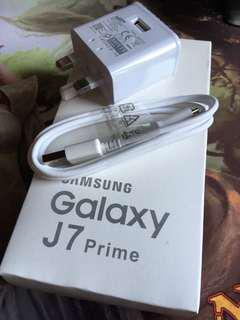 Samsung J7 Prime 白色原裝2A快充 2A Fast Charger Original With Cable With Box
