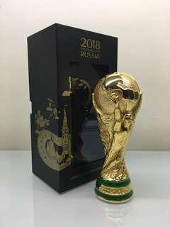 FIFA Official Licensed 2018 World Cup Replica Trophy (Large 15cm)
