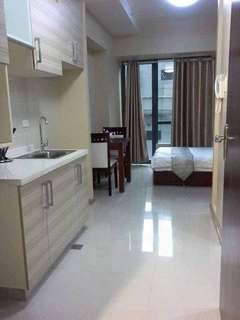 Low Price condo with free furnitures
