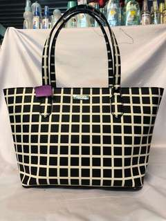 Kate spade Hand bag authentic