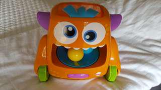 Fisher Price- Zoom n Crawl Monster