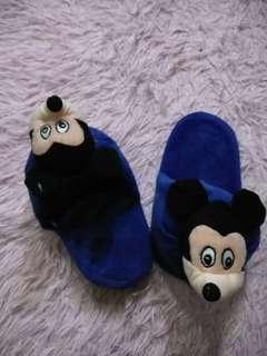 Sendal tidur mickey mouse