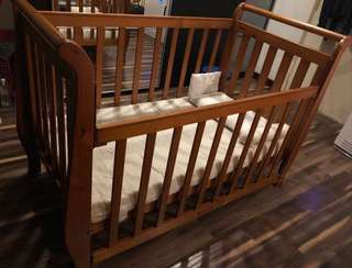 Baby Cot(New Zealand wood)