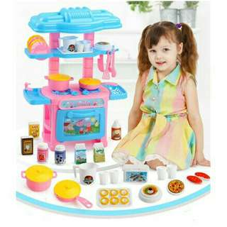 *FREE DELIVERY to WM only / Ready stock* Mini kitchen playset each design as shown in design little pony, hello kitty/color. Free delivery is applied for this item.