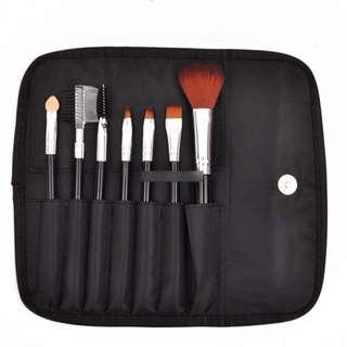7pcs Makeup Brush Cosmetic Set with Bag (Black)