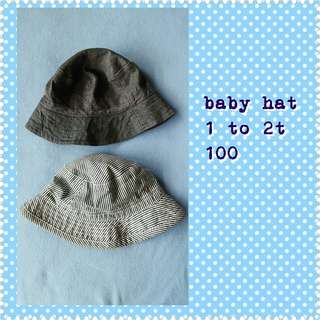 Lot of 2 baby hats