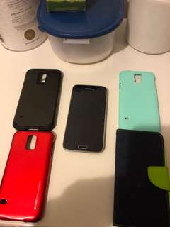 Samsung s5 with 4 free covers