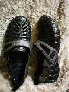 Propet Voyager Shoes like Crocs