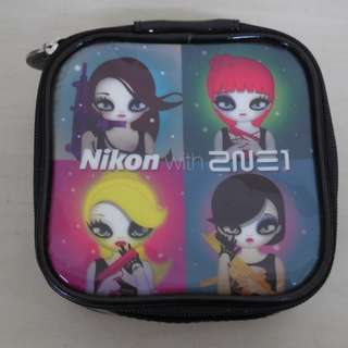 [CRAZY DEAL 90% OFF FROM ORIGINAL PRICE][READY STOCK]2NE1 KOREA NIKON OFFICIAL POUCH 1PC; ORIGINAL FR KOREA (PRICE NOT INCLUDE POSTAGE)PLEASE READ DETAILS FOR MORE INFO; POSLAJU:PENINSULAR AREA :RM10/SABAH SARAWAK AREA: RM15