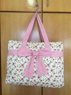Big Sales - [買二送一系列] -大割價 - 大容量NaraYa 蝴蝶袋 /奶粉袋