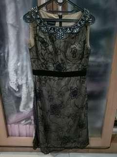 Flourescence dress size 8 (Indonesia size)