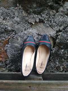 Lovely black flatshoes