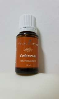 🚚 Young Living Cedarwood 15ml