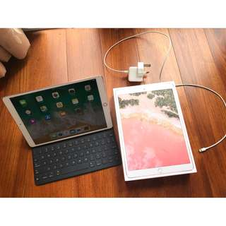 Apple iPad Pro 10.5 WIFI 256GB 粉紅色 連smart keyboard applecare 2019年1月