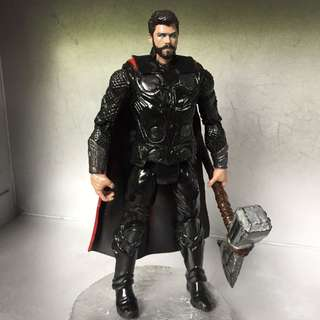 Avengers Infinity War Thor Action Figure
