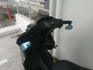 Aftermarket Barend Mirrror fitted on Gilera ST200