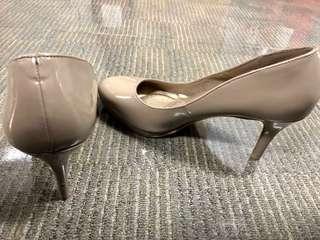 PAYLESS Deflex Comfort Beige Heels