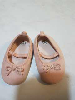 Baby girl soft shoes