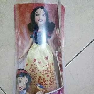 boneka Snow White