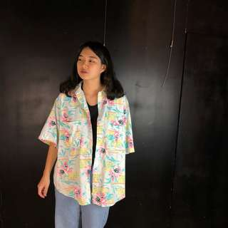 🚚 古著粉嫩色花卉夏威夷短袖襯衫