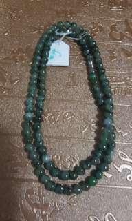 天然翡翠頸鏈,長25cm,每珠5.4 mm,靚色靚玉, 特價 $488。
