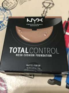 BNIB NYX TOTAL CONTROL MESH CUSHION FOUNDATION