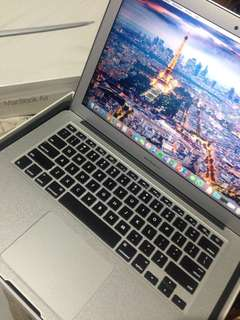Apple MacBook Air 13 inch 2015