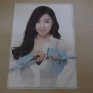 CRAZY DEAL 90% OFF FROM ORIGINAL PRICE][READY STOCK]GIRL GENERATION SNSD TIFFANY KOREA OFFICIAL A4 SIZE FILE 1PC; ORIGINAL FR KOREA (PRICE NOT INCLUDE POSTAGE)PLEASE READ DETAILS FOR MORE INFO; POSLAJU:PENINSULAR AREA :RM10/SABAH SARAWAK AREA: RM15