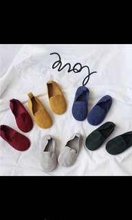 🚚 兒童鞋 麂皮豆豆鞋 平底鞋 軟鞋18.5cm