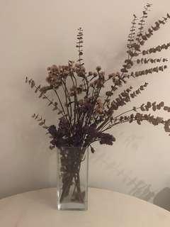 Dry flowers pot
