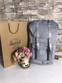 Herschel Little America Backpack 23.5 L