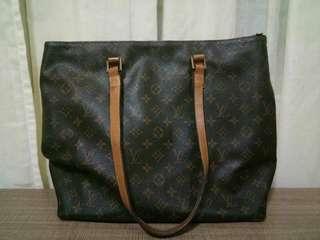Louis Vuitton/Authentic