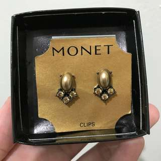 Anting Clip-on Monet